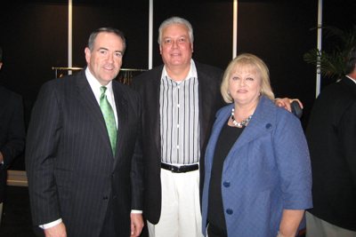 Michael and Terri with Mike Huckabee